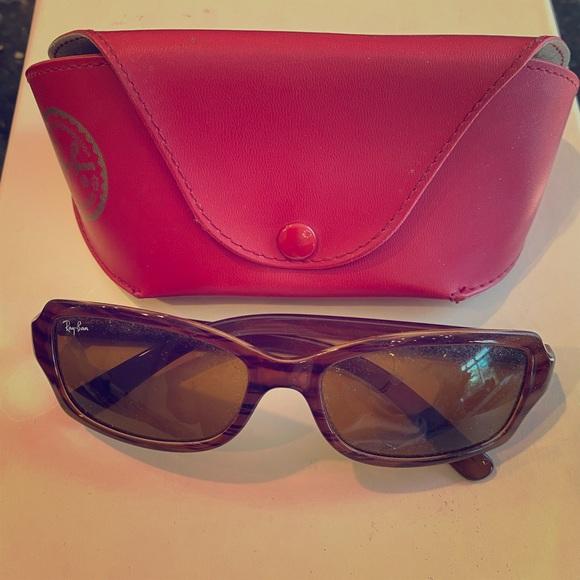 RayBan brown tortoise shell sunglasses